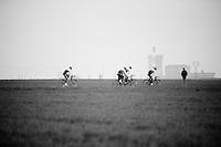 Team Orica-GreenEDGE on their last recon of the 114th Paris - Roubaix 2016