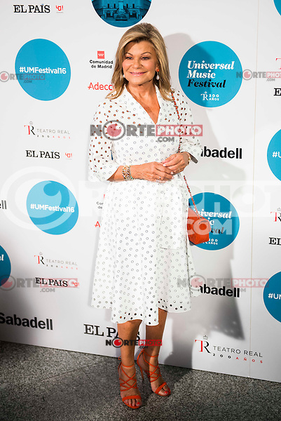 Cari Lapique attends to the photocall of the Rod Stewart concert at Teatro Real in Madrid. July 05. 2016. (ALTERPHOTOS/Borja B.Hojas)
