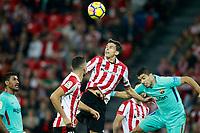 Athletic de Bilbao's Ander Iturraspe (l) and FC Barcelona's Luis Suarez during La Liga match. October 28,2017. (ALTERPHOTOS/Acero) /NortePhoto.com