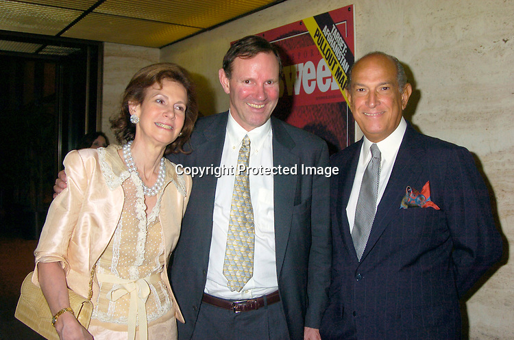 Lally Weymouth and her brother Donald Graham and Oscar de la Renta..at the Newsweek Party for the Republican Convention ..on August 30, 2004 at The Four Seasons Restaurant...Photo by Robin Platzer, Twin Images