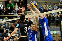 GRONINGEN - Volleybal, Lycurgus - TT Papendal, Alfa College, Eredivisie,  seizoen 2018-2019, 31-01-2019,  Lycurgus speler Auke van der Kamp met TT Papendal speler Markus Held aan het net