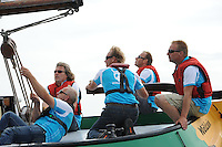 SKUTSJESILEN: STAVOREN: IJsselmeer, 13-08-2012, IFKS skûtsjesilen, A-klasse, skûtsje Zeldenrust, Ron Tempel (schotenman), Fonger Ringnalda (schotenman), schipper Kees van der Kooij, Wiepke Wierda (adviseur/windvanger), Lars vd Berg (adviseur), ©foto Martin de Jong