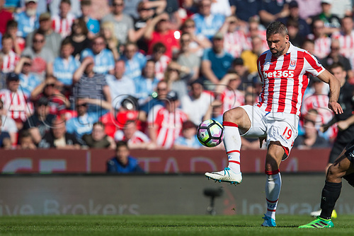 April 8th 2017, bet365 Stadium, Stoke on Trent, Staffordshire, England; EPL Premier League football, Stoke City versus Liverpool; Stoke City's Jonathan Walters controls a loose ball