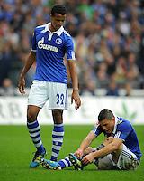 FUSSBALL   1. BUNDESLIGA   SAISON 2011/2012    6. SPIELTAG FC Schalke 04 - FC Bayern Muenchen                       18.09.2011 Joel MATIP (li) und Kyriakos PAPDOPOULOS (re, beide Schalke) sind enttaeuscht