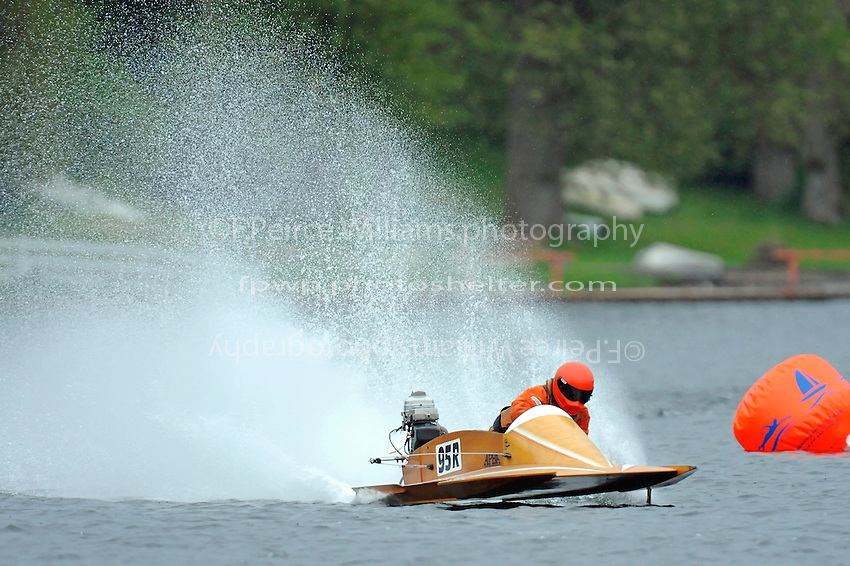 95-R (Outboard Hydroplane)