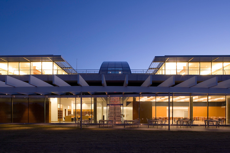 Howard Hughes Medical Institute Janelia Farm Campus | Rafael Viñoly Architects PC