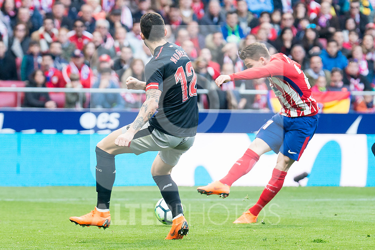 Atletico de Madrid Kevin Gameiro and Athletic Club Unai Nunez  during La Liga match between Atletico de Madrid and Athletic Club and Wanda Metropolitano in Madrid , Spain. February 18, 2018. (ALTERPHOTOS/Borja B.Hojas)