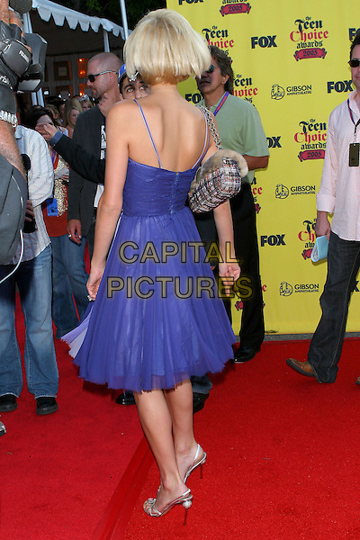 PARIS HILTON.Teen Choice Awards,.The Gibson Amphitheatre,.Universal City, 14th August 2005.full length blue layer chiffon strappy dress silver high heel sandals shoes cheak fur handbag blonde bob hair.www.capitalpictures.com.sales@capitalpictures.com.© Capital Pictures.
