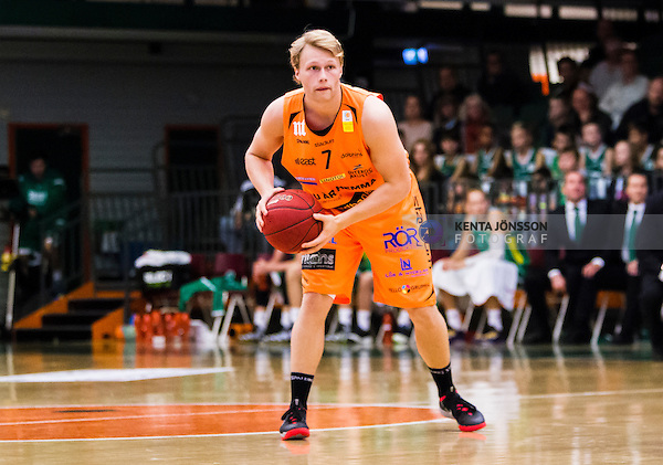 S&ouml;dert&auml;lje 2014-10-01 Basket Basketligan S&ouml;dert&auml;lje Kings - Norrk&ouml;ping Dolphins :  <br /> Norrk&ouml;ping Dolphins Ludvig Wissing i aktion <br /> (Foto: Kenta J&ouml;nsson) Nyckelord:  S&ouml;dert&auml;lje Kings SBBK T&auml;ljehallen Norrk&ouml;ping Dolphins portr&auml;tt portrait