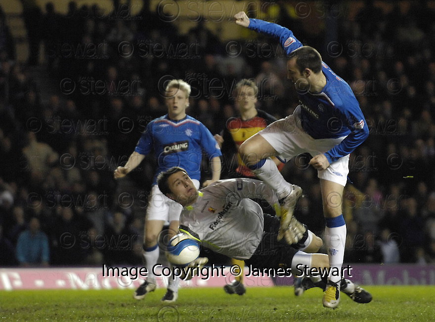 19/03/2008    Copyright Pic: James Stewart.File Name : sct_jspa04_rangers v partick.KRIS BOYD SCORES RANGERS' EQUALISER....James Stewart Photo Agency 19 Carronlea Drive, Falkirk. FK2 8DN      Vat Reg No. 607 6932 25.Studio      : +44 (0)1324 611191 .Mobile      : +44 (0)7721 416997.E-mail  :  jim@jspa.co.uk.If you require further information then contact Jim Stewart on any of the numbers above........