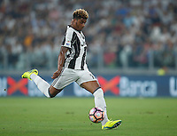 Calcio, Serie A: Juventus vs Fiorentina. Torino, Juventus Stadium, 20 agosto 2016.<br /> Juventus' Mario Lemina in action during the Italian Serie A football match between Juventus and Fiorentina at Turin's Juventus Stadium, 20 August 2016.<br /> UPDATE IMAGES PRESS/Isabella Bonotto