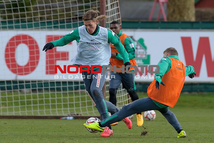 02.04.2015, Trainingsgelaende, Bremen, GER, 1.FBL, Training Werder Bremen, im Bild Jannik Vestergaard (Bremen #7), Levent Aycicek (Bremen #21)<br /> <br /> Foto &copy; nordphoto / Frisch