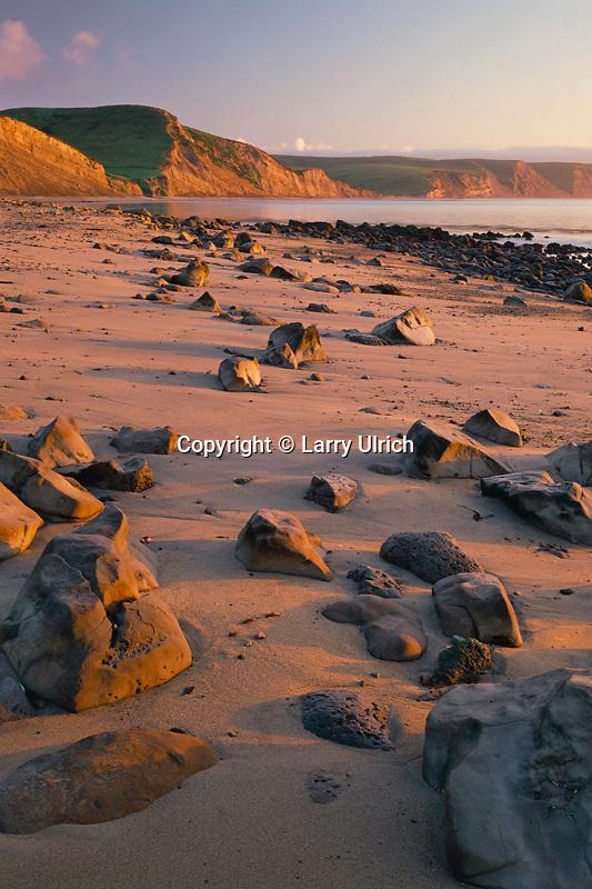 Drakes Beach<br /> Drakes Bay<br /> Point Reyes National Seashore<br /> Marin County,  California