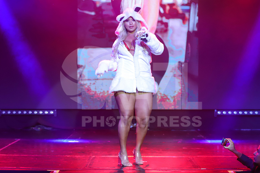 CIDADE DO MÉXICO, MÉXICO, 30.09.2019 - MISS-BUMBUM - Dayse Lima durante a final do concurso Miss Bumbum World na  ForoTotal Play na Cidade do México na capital mexicana nesta segunda-feira, 30.  (Foto: William Volcov/Brazil Photo Press)