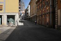 Puntellamenti sono ancora visibili in tutta la città , a tre anni dal terremoto. Shoring are still visible throughout the city, after three years from Earthquake.