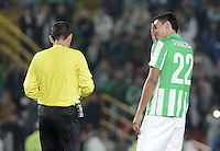 BOGOTÁ -COLOMBIA-01-11-2014. Daniel Bocanegra de Atlético Nacional lamenta fallar un gol durante partido con Fortaleza FC por la fecha 17 de la Liga Postobón II 2014 jugado en el estadio Nemesio Camacho El Campín en Bogotá./ Daniel Bocanegra Atletico Nacional regrets missing a goal during the match against  Fortaleza FC for the 17th date of Postobon League II 2014 played at Nemesio Camacho El Campin stadium in Bogota. Photo: VizzorImage / Gabriel Aponte / Staff
