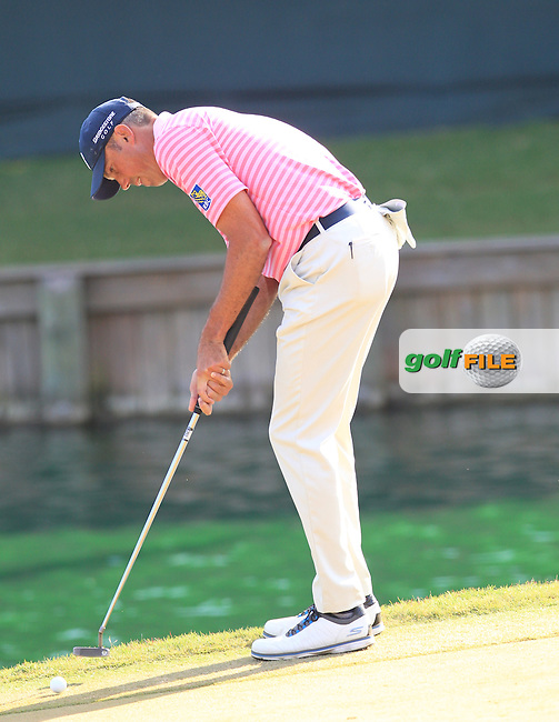 Matt Kuchar (USA) during the Final round of The Players 2016 , TPC Sawgrass, Ponte Vedra Beach, Jacksonville.   Florida, USA. 15/05/2016.<br /> Picture: Golffile | Mark Davison<br /> <br /> <br /> All photo usage must carry mandatory copyright credit (&copy; Golffile | Mark Davison)