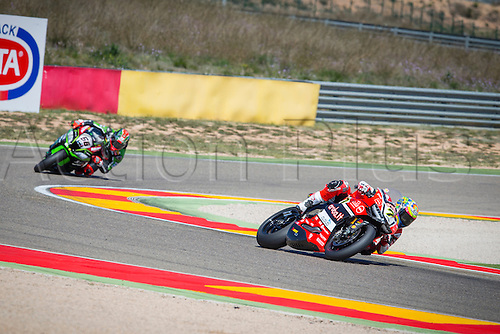 02.04.2016. Motorland, Aragon, Spain. World Championship Motul FIM of Superbikes. Chaz Davies #7, Ducati 1199 Panigale R rider of Superbike in action during the race  in the World Championship Motul FIM of Superbikes from the Circuito de Motorland.