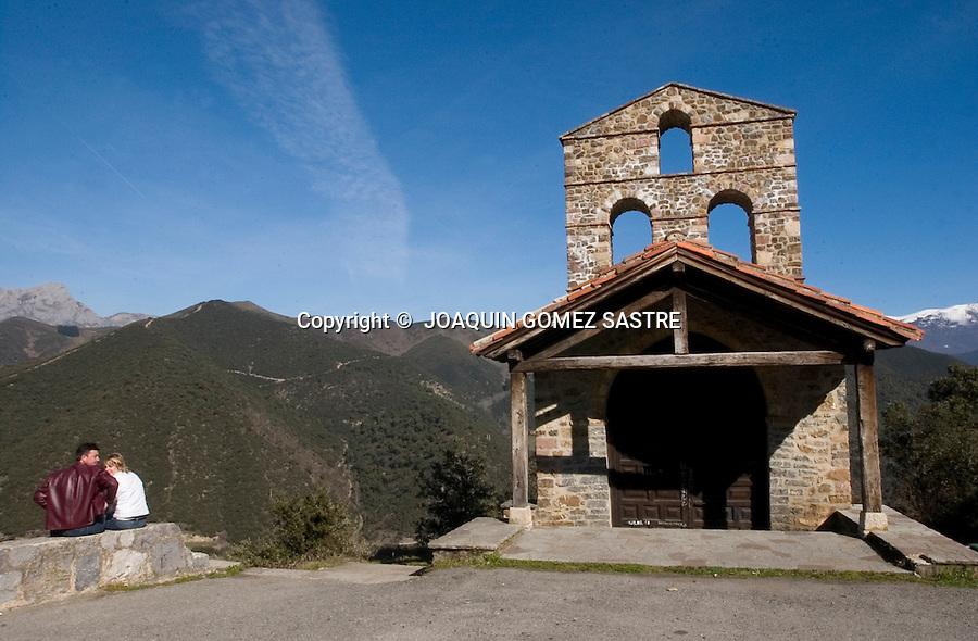 Ermita en la zona de liebana,cerca de potes,conocida por las peregrinaciones  cada 4 años para obtener el jubileo..foto ©  JOAQUIN GOMEZ SASTRE