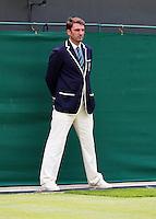 27-06-13, England, London,  AELTC, Wimbledon, Tennis, Wimbledon 2013, Day four, Linesman<br /> <br /> <br /> <br /> <br /> Photo: Henk Koster