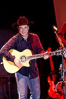 Rhythm on the Vine - Clint Black