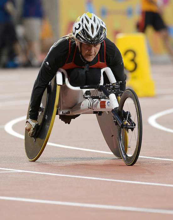 Toronto, ON - Aug 11 2015 - Diane Roy competes in the Women's 400m T54 Final in the CIBC Athletics Stadium during the Toronto 2015 Parapan American Games  (Photo: Matthew Murnaghan/Canadian Paralympic Committee)