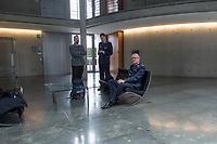 5. Sitzung des Unterausschusses des Verteidigungsausschusses des Deutschen Bundestag als 1. Untersuchungsausschuss am Donnerstag den 21. Maerz 2019.<br /> In dem Untersuchungsausschuss soll auf Antrag der Fraktionen von FDP, Linkspartei und Buendnis 90/Die Gruenen der Umgang mit externer Beratung und Unterstuetzung im Geschaeftsbereich des Bundesministeriums fuer Verteidigung aufgeklaert werden. Anlass der Untersuchung sind Berichte des Bundesrechnungshofs ueber Rechts- und Regelverstoesse im Zusammenhang mit der Nutzung derartiger Leistungen.<br /> Einziger Tagesordnungspunkt war die Konstituierung des Unterausschusses als Untersuchungsausschuss.<br /> Im Bild sitzend: Als Sachverstaendiger wurde Ludwig Ruediger Leinhos, Generalleutnant der Luftwaffe, gehoert.<br /> 21.3.2019, Berlin<br /> Copyright: Christian-Ditsch.de<br /> [Inhaltsveraendernde Manipulation des Fotos nur nach ausdruecklicher Genehmigung des Fotografen. Vereinbarungen ueber Abtretung von Persoenlichkeitsrechten/Model Release der abgebildeten Person/Personen liegen nicht vor. NO MODEL RELEASE! Nur fuer Redaktionelle Zwecke. Don't publish without copyright Christian-Ditsch.de, Veroeffentlichung nur mit Fotografennennung, sowie gegen Honorar, MwSt. und Beleg. Konto: I N G - D i B a, IBAN DE58500105175400192269, BIC INGDDEFFXXX, Kontakt: post@christian-ditsch.de<br /> Bei der Bearbeitung der Dateiinformationen darf die Urheberkennzeichnung in den EXIF- und  IPTC-Daten nicht entfernt werden, diese sind in digitalen Medien nach §95c UrhG rechtlich geschuetzt. Der Urhebervermerk wird gemaess §13 UrhG verlangt.]