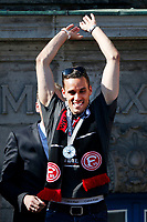 Duesseldorf, Germany, 2. Bundesliga, promotion to 1. Bundesliga of  Fortuna Duesseldorf, team celebrates at Rathausmarkt of Duesseldorf, 14.05.2018<br /> Raphael WOLF (F 95) <br />