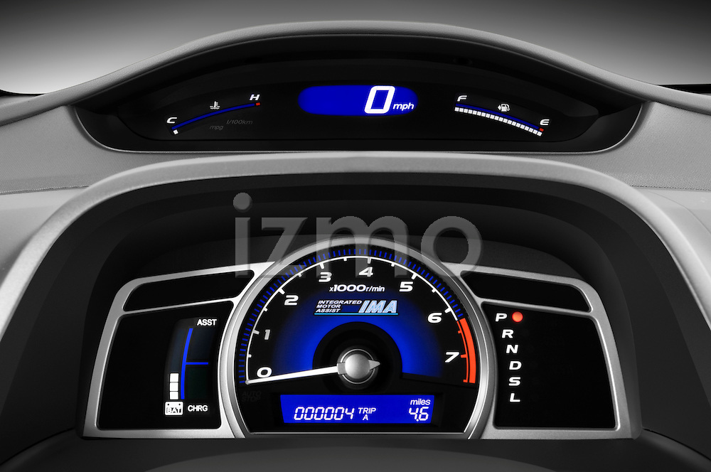 Instrument panel close up detail view of a 2009 Honda Civic Hybrid
