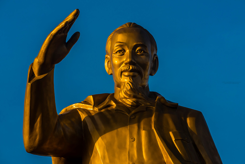Statue of Ho Chi Minh, Can Tho is a city in southern Vietnam's Mekong Delta region. Set on the southern bank of the Hau River, it's known for its canal network and nearby floating markets. The modern 2.75-km cable-stayed Can Tho Bridge spans the river. The busy Ninh Kieu waterfront is a hub for boat trips on surrounding waterways. Illuminated at night, Can Tho's waterfront is home to floating restaurants, bars and hotels.
