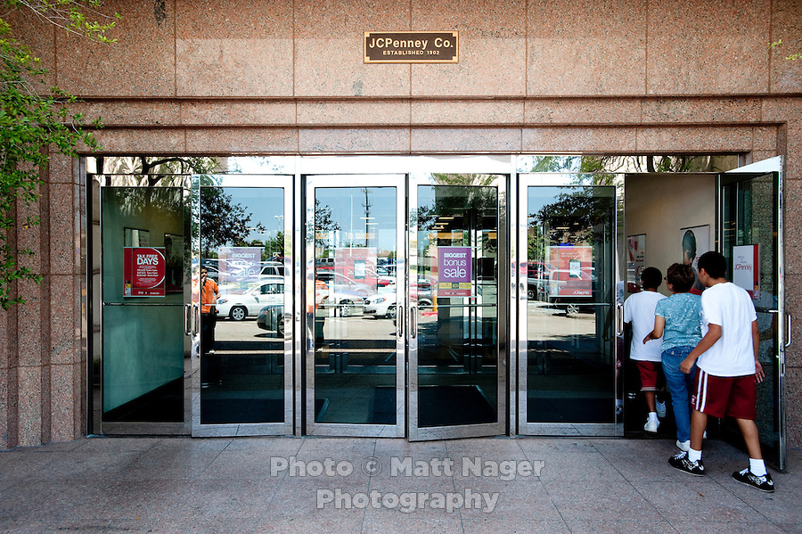 The entrance to JC Penney at the Valley View Center Mall in Dallas, Texas, Saturday, August 21, 2010. ..MATT NAGER for the Wall Street Journal
