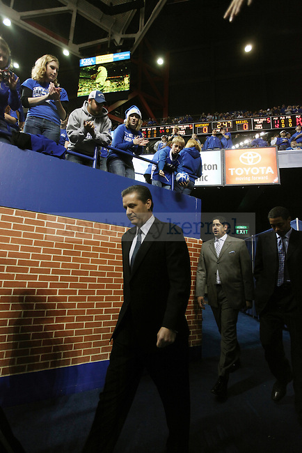UK men's basketball head coach John Calipari walks onto the court before the first half of UK's 2000th win against Drexel at Rupp Arena on Monday, Dec 21, 2009. Photo by Britney McIntosh | Staff