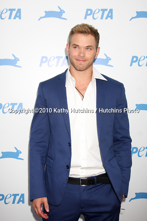 LOS ANGELES - SEP 25:  Kellan Lutz arrives at the PETA 30th Anniversary Gala at Hollywood Palladium on September 25, 2010 in Los Angeles, CA
