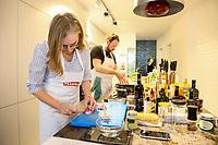 Carolin Wiedemeyer und Christian Lesch siegten beim Regionalentscheid des Cooking Star mit ihrem Lammkarree auf Tropen-Zwiebelmarmelade mit Rahmpolenta und Trüffelpopcorn, sowie gratinierten gefüllten Tomaten - Mörfelden-Walldorf 16.02.2019: Regionalentscheid Cooking Star