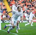 Aberdeen's Niall McGinn (10) celebrates with Aberdeen's Scott Vernon after he scores Aberdeen's equaliser   ....
