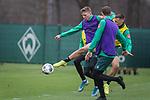 17.01.2020, Trainingsgelaende am wohninvest WESERSTADION,, Bremen, GER, 1.FBL, Werder Bremen Training ,<br /> <br /> <br />  im Bild<br /> <br /> Nick Woltemade (werder Bremen #41)<br /> Maximilian Eggestein (Werder Bremen #35)<br /> #Christian Groß / Gross (Werder Bremen #36)<br /> <br /> Foto © nordphoto / Kokenge
