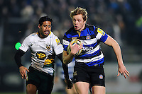 Harry Davies of Bath Rugby goes on the attack. Aviva Premiership match, between Bath Rugby and Northampton Saints on February 10, 2017 at the Recreation Ground in Bath, England. Photo by: Patrick Khachfe / Onside Images