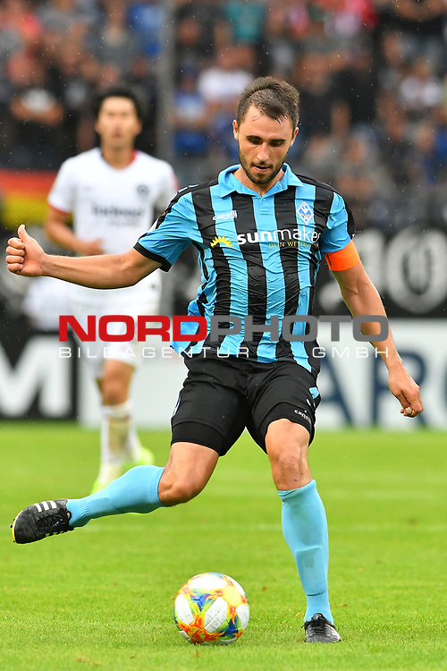 11.08.2019, Carl-Benz-Stadion, Mannheim, GER, DFB Pokal, 1. Runde, SV Waldhof Mannheim vs. Eintracht Frankfurt, <br /> <br /> DFL REGULATIONS PROHIBIT ANY USE OF PHOTOGRAPHS AS IMAGE SEQUENCES AND/OR QUASI-VIDEO.<br /> <br /> im Bild: Marco Schuster (SV Waldhof Mannheim #6)<br /> <br /> Foto © nordphoto / Fabisch