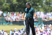 Phil Mickelson (USA) misses his birdie putt on the 7th green during Saturday's Round 3 of the 118th U.S. Open Championship 2018, held at Shinnecock Hills Club, Southampton, New Jersey, USA. 16th June 2018.<br /> Picture: Eoin Clarke | Golffile<br /> <br /> <br /> All photos usage must carry mandatory copyright credit (&copy; Golffile | Eoin Clarke)