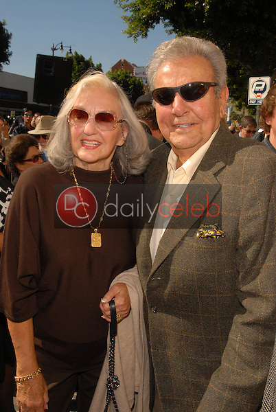 Mike Connors and wife Mary Lou Willey<br />