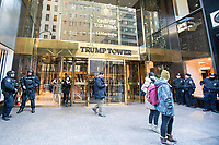 NEW YORK, NY, 19.03.2017 - TRUMP-TOWER - Vista da fachada da Trump Tower  na Quinta Avenida em Manhattan na cidade de New York neste domingo, 19.(Foto: Vanessa Carvalho/Brazil Photo Press)