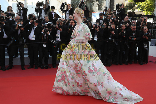 Elle Fanning attends the LES MISÉRABLES premiere -72nd annual Cannes Film Festival  Cannes France on May 15 2019.<br /> CAP/GOL<br /> ©GOL/Capital Pictures