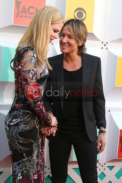 Nicole Kidman, Keith Urban<br /> at the 2016 Academy of Country Music Awards Arrivals, MGM Grand Garden Arena, Las Vegas, NV 04-03-16<br /> David Edwards/DailyCeleb.com 818-249-4998
