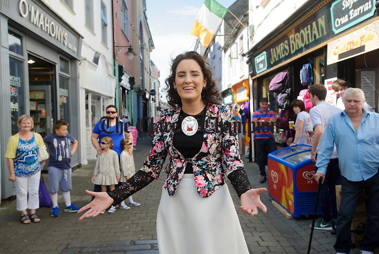 "Roisin Rodgers of Ballinruan singing the Robbie Mc Mahon classic ""The Fleadh Down In Ennis"" during Fleadh Cheoil na hEireann. Photograph by John Kelly."