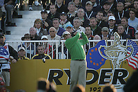 Straffin Co Kildare Ireland. K Club Ruder Cup...European Ryder Cup team members José Maria Olazábal teeing off on the first hole during the opening fourball session of the first day of the 2006 Ryder Cup, at the K Club in Straffan, Co Kildare, in the Republic of Ireland, 22 September 2006..Photo: Fran Caffrey/ Newsfile..