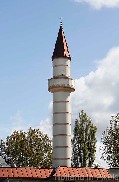 Nederland Zaandam 2017. Minaret van de Sultan Ahmet Moskee. De Turkse moskee staat in de wijk Poelenburg .   Foto Berlinda van Dam / Hollandse Hoogte