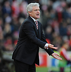 Stoke City Manager Mark Hughes issues instructions<br /> - Barclays Premier League - Stoke City vs Manchester United - Britannia Stadium - Stoke on Trent - England - 26th December 2015 - Pic Robin Parker/Sportimage