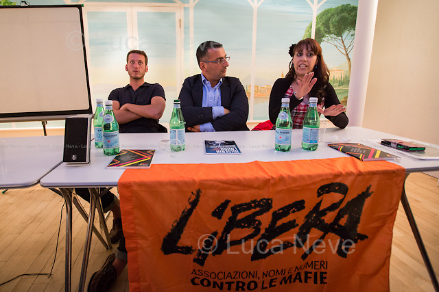 (From L to R) Johnny Miller, Gaspare Giacalone &amp; Anna Sergi.<br />