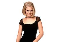 18/04/2013. Hoy se recuerda a actriz Melissa Joan Hart protagonista de &quot;Sabrina, la bruja adolescente&quot;.<br />  &copy;Medios.