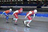 SCHAATSEN: HEERENVEEN: 17-06-2014, IJsstadion Thialf, Zomerijs training, Team Corendon, Jan Blokhuijsen, Rens Rotteveel, Sjoerd de Vries, ©foto Martin de Jong